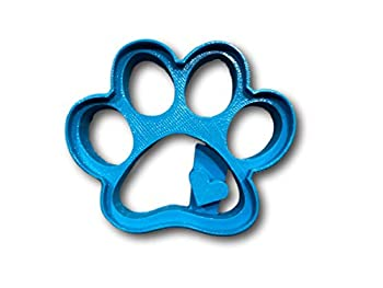 Cute Dog Paw with Heart Imprint Cookie Cutter