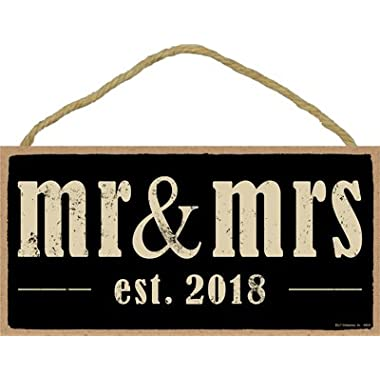 (SJT94630) Mr & Mrs (est. 2018) 5  x 10  Primitive Wood Plaque