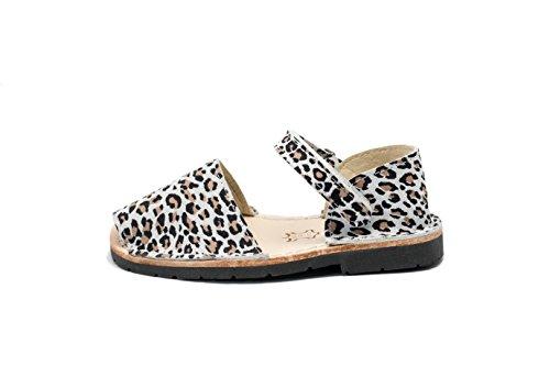 553N – Frailera Style Animal Prints – Leopard – 23 (US 7)