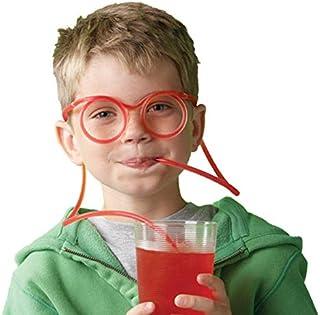 كؤوس زجاجية للمشروبات مع قشة من سيلي