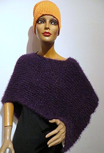 Damen Poncho brombeer, violett, kuschelweich,handgestrickt , alle Ponchos kann man auch unter einem Mantel - Jacke tragen