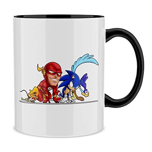 OKIWOKI Taza con asa Negra e Interior Negro Parodia de Flash- Flash, Speedy Gonzales, Sonic y el Correcaminos (Taza de Primera Calidad - Impresa en Francia - Réf : 769)