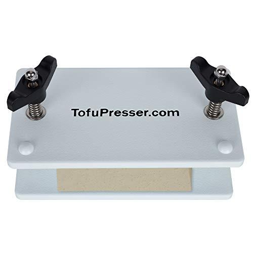 knob tofu press angle 1 - uses knobs - example tofu press 1