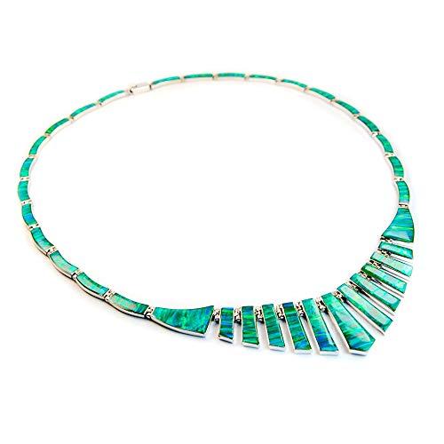 Collar Artesanal de Plata 925 con Ópalo Verde, Hecho en el Pueblo de Taxco, México. Largo: 45cm. Peso: 20.20g.