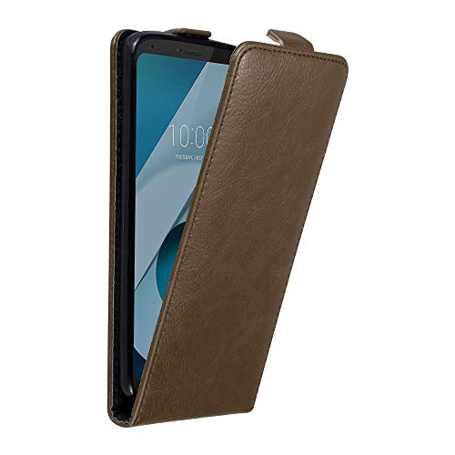 Cadorabo Hülle für LG Q6 in Kaffee BRAUN - Handyhülle im Flip Design mit unsichtbarem Magnetverschluss - Hülle Cover Schutzhülle Etui Tasche Book Klapp Style