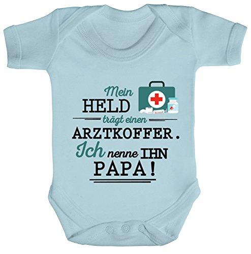 ShirtStreet Geschenk zum Vatertag Arzt Doktor Strampler Bio Baumwoll Baby Body kurzarm Jungen Mädchen Papa - Mein Held trägt einen Arztkoffer, Größe: 3-6 Monate,Dusty Blue