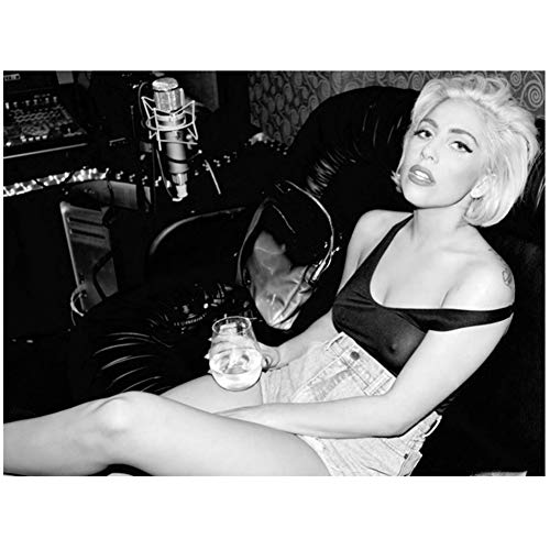 XZRDP Lady Gaga Hot Singer BW Wall Art Poster and Prints Canvas Painting Picture Living Room Decoración del hogar -50x70CM con Marco