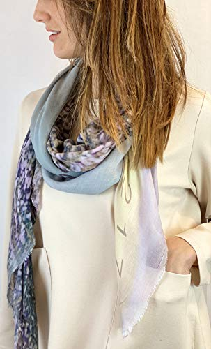 Moda è Modo - Hochwertiger Damenschal aus Modal Cashmere mit Darstellungen von stilisierte Glyzinien, Made in Italy