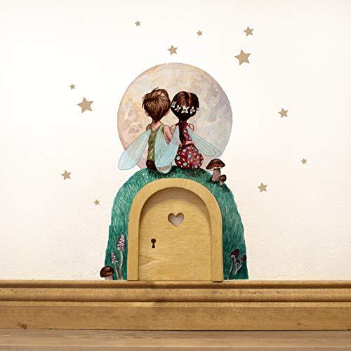 ilka parey wandtattoo-welt® Elfentür Feentür Wichteltür mit Wandtattoo Wandsticker Sticker Elfenpärchen mit Mond und Sterne e10 - ausgewählte Farbe der Holztür: *naturfarben*