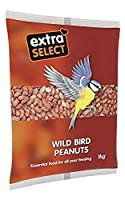 High grade standard peanut. Contains vital protein for the wild birds. Ideal for winter time when natural food hard to forage. Another product from the Extra Select range. Weight 1kg.