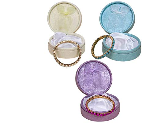 Lote de 12 Elegantes Pulseras de Perlas en Caja(Modelos Surtidos). Bisutería....