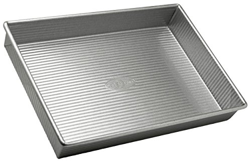 USA Pan Bakeware Rectangular Cake Pan, 9 x 13 inch, Nonstick & Quick Release Coating, Made in the USA from Aluminized Steel (Renewed)