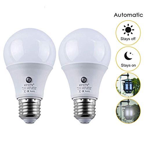 2Pcs E27 6000K LED Dusk to Dawn Sensor Light Bulbs Built-in Photosensor Detection Auto Switch Light Indoor/Outdoor Lighting Lamp (7) W-Cool White