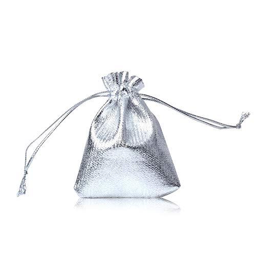 CLTPY 100 Pezzi Sacchetti Regalo Coulisse Sacchetto Borse Gioielli per Bomboniera della Festa Natale Festa di Matrimonio 7x9cm/2,8x3,5in (Argento)