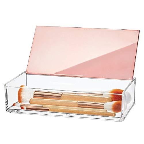 mDesign Caja de maquillaje pequeña con tapa – Organizador de cosméticos para baño y tocador – Cajas de plástico transparente para organizar maquillaje, pintalabios y más – transparente y dorado rojizo