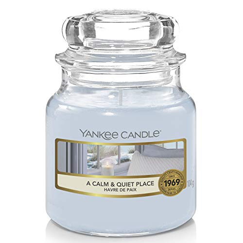 Yankee Candle Scented Candle | A Calm and Quiet Place Small Jar Candle | Burn Time: Up to 30 Hours