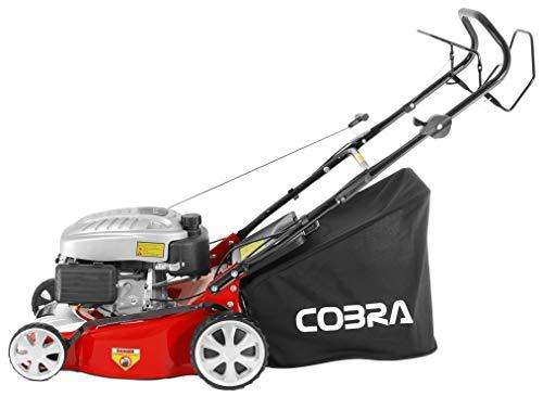 Cobra M40SPC 40cm (16in) Petrol Lawnmower, self propelled drive powered by a DG450
