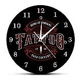 30 cm Reloj de Pared Tattoo Studto Nombre Acrílico Reloj de Pared Tatuajes Pistola Artista Regalo Arte Corporal Tatuajes Logotipo del salón Nombre de la Empresa Reloj de Pared Moderno