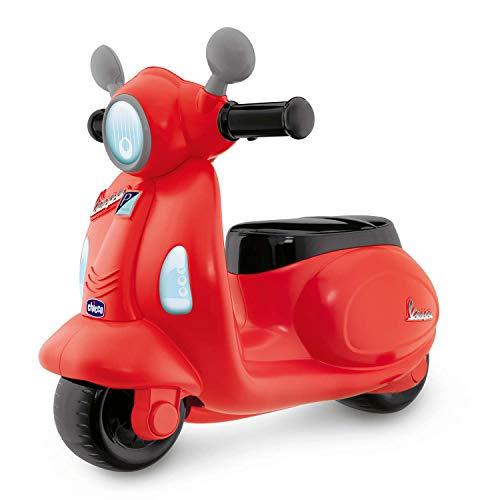 Chicco Vespa per Bambini Primavera Rossa, Moto Giocattolo Cavalcabile con Pannello Elettronico, Luci e Suoni, Ruote di Supporto Rimuovibili, Max 25 Kg - Giochi per Bambini 1-3 Anni