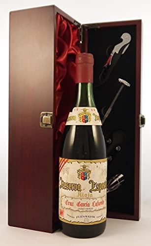 Rioja Riserva Especial 1966 Cruz Garcia Lafuente en una caja de regalo forrada de seda con cuatro accesorios de vino, 1 x 750ml