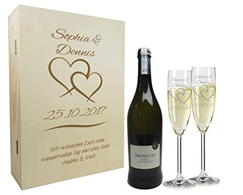 Sekt Geschenkset mit Namen graviert - personalisierte Sektgläser mit Flasche - Holzkiste mit individueller Wunsch-Gravur als Geschenk für Paare zur Hochzeit Zwei Herzen