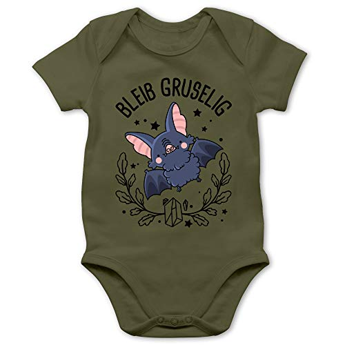 Shirtracer Halloween Baby - Bleib gruselig mit süßer Fledermaus - 12/18 Monate - Olivgrün BZ10 - Baby Body Kurzarm für Jungen und Mädchen