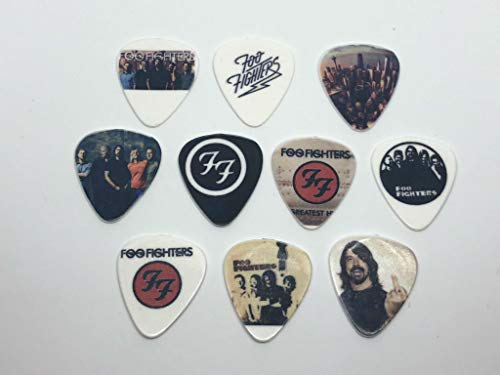 Foo Fighters Gitarrenplektren (10 Plektren / 10 verschiedene Designs)