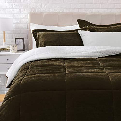 Amazon Basics Ultra-Soft Micromink Sherpa Comforter Bed Set - Chocolate, Full/Queen