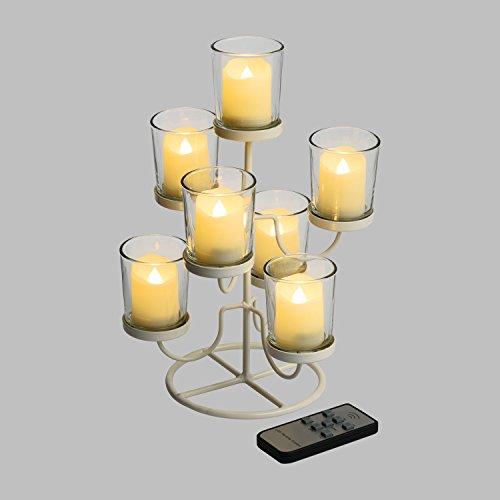 LuminalPark Candeliere in Metallo Bianco h 28,5 cm, 7 Bicchierini in Vetro con Candele LED Bianco Caldo a Batteria Telecomando On-off 7 Funzioni IR