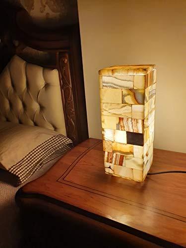 Maison Zoe Alabaster Steinlampe - Tischlampe Quader massiv mit Standfüßen perfekt für Wohnzimmer - handgeschnitzte Nachttischlampe Schlafzimmer - Kinderzimmer ~ 3Kilos