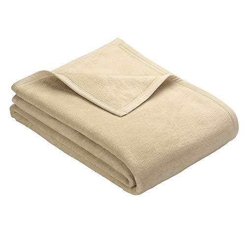 Ibena Berlin Wolldecke 150x200 cm - Premium Kuscheldecke Natur, hochwertige Markenqualität aus pflegeleichter Baumwollmischung mit eingenähtem Kunstlederpatch