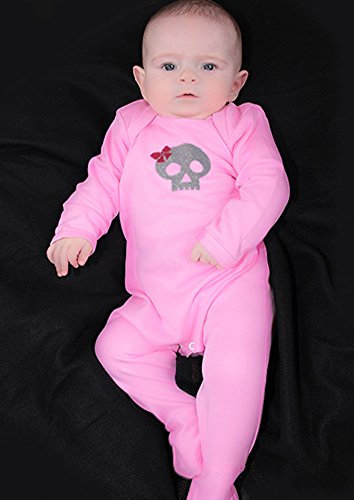 Totenkopf & Schleife Mädchen Alternative Baby Schlafanzug/Cool Gothic Outfit von Baby Moo Skull & corssbones Pink Baby Mädchen...