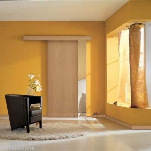 Porta scorrevole esterno muro in Noce Chiara completa di binario e mantovana (80 x 210)