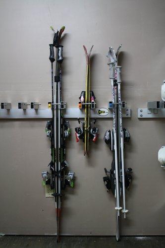 SKI KEY Ski Wall Rack - Includes 5 Locks (Keyed Alike - Assorted Colors)