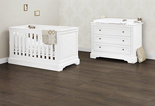 Pinolino Sparset Emilia breit, 2-teilig, Kinderbett (140 x 70 cm) und breite Wickelkommode mit Wickelaufsatz, weiß Edelmatt (Art.-Nr. 09 34 67 B)