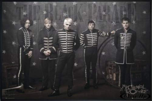 Close Up My Chemical Romance Poster (62x93 cm) gerahmt in: Rahmen schwarz