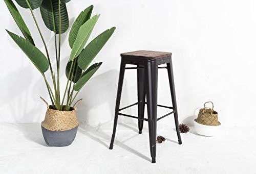 KOSMI - Taburete de bar en metal negro mate y asiento en madera oscura, taburete de metal y madera alta altura 66cm