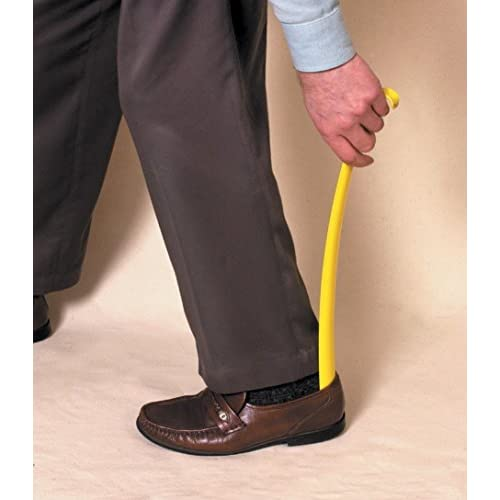 Calzascarpe con impugnatura lunga