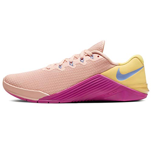 Nike Mujeres Metcon 5 Running Trainers AO2982 Sneakers Zapatos (UK 8 US 10.5 EU 42.5, Washed Coral 668)