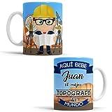 OyC Original y Creativo Taza para Topógrafo - Taza Aquí Bebe el Mejor Topógrafo del Mundo - Taza para Desayuno - Taza con Frase y Dibujo Personalizada con Nombre (Topógrafo)
