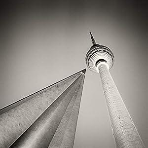 Berligram – Fine Art Fotografie aus Berlin, Fernsehturm Analogfotografie, Foto auf Holz, 10x10cm