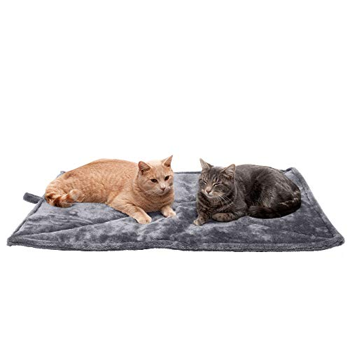 Furhaven Pet Bed for Dogs and Cats - ThermaNAP Quilted Faux Fur Self-Warming Thermal Cushion Bed Pad for Crates or Kennels, Washable, Gray, Large