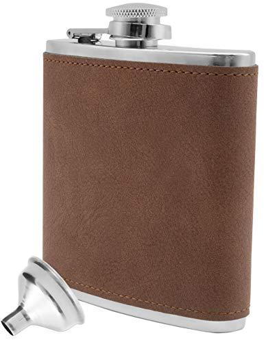 Outdoor Saxx® - Fiaschetta in acciaio inox, design elegante in pelle scamosciata, con bandiera, tasca sul petto, bottiglia da liquore, imbuto incluso, ottimo regalo, 175 ml, marrone