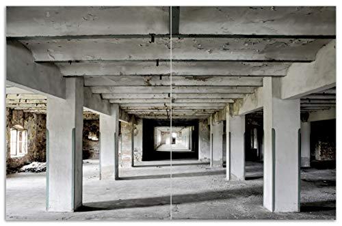 Wallario Herdabdeckplatte/Spritzschutz aus Glas, 2-teilig, 80x52cm, für Ceran- und Induktionsherde, Motiv Alte Industriehalle im Kellergeschoss - einsame Lagerhalle Einer Brauerei