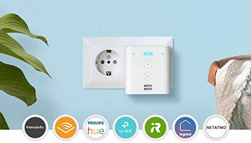 Découvrez Echo Flex, Mini enceinte connectée avec prise intégrée et Alexa