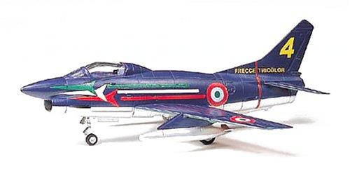 タミヤ 1/100 コンバットプレーンシリーズ イタリア空軍 フィアットG.91 プラモデル 61610