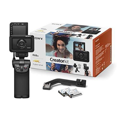 Sony RX0 II Creator Kit Fotocamera Digitale Compatta con Grip VCT-SGR1, Sensore da 1.0', Ottica 24mm F4.0 Zeiss, Waterproof, Video 4K, Schermo LCD Regolabile