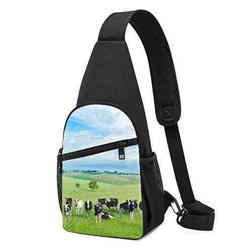 DJNGN Animal Cows In Vast Steppe Sling Bag Crossbody Viaje Senderismo Pecho Mochila