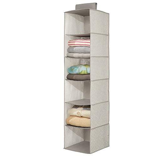 mDesign – Organizador de ropa para armarios con 6 estantes – Organizador de tela para colgar – Colgador de armario para ropa, toallas y otros accesorios – Color gris pardo