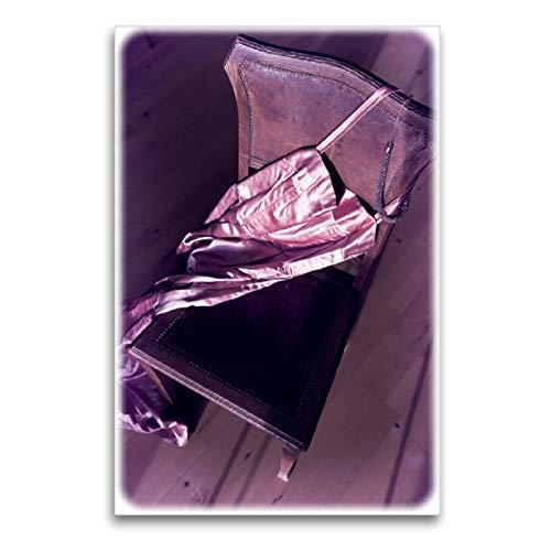 CALVENDO Premium Textil-Leinwand 60 x 90 cm Hoch-Format Satin Abendkleid, Leinwanddruck von Martina Marten